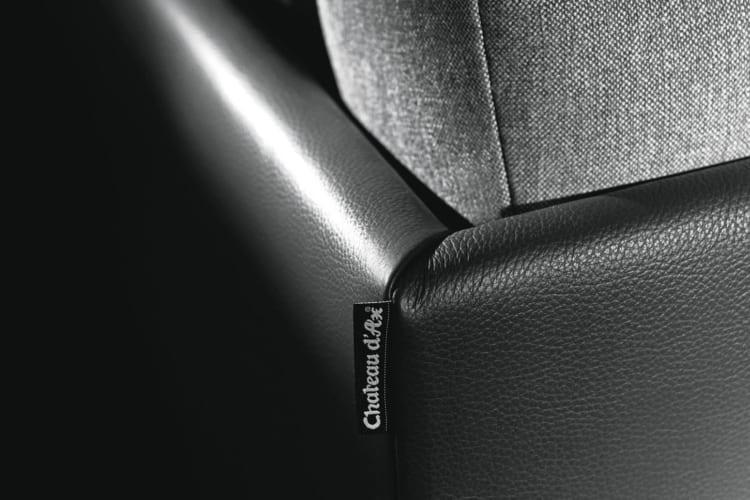 Cận cảnh chi tiết ghế sofa Edo văng 2