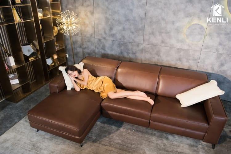 Sofa da thật FE10 văng L3 lớn có phần đệm ngồi khá to