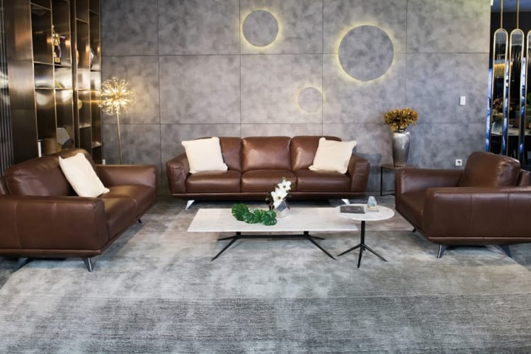 Sofa da thật F019 full bộ phù hợp với những không gian có diện tích khiêm tốn