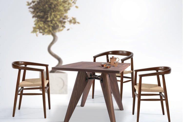 Kết hợp với mẫu bàn gỗ làm bộ bàn trà quá xuất sắc