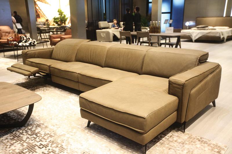 Sofa da thật FE10 văng L4 lớn có thiết kế độc đáo