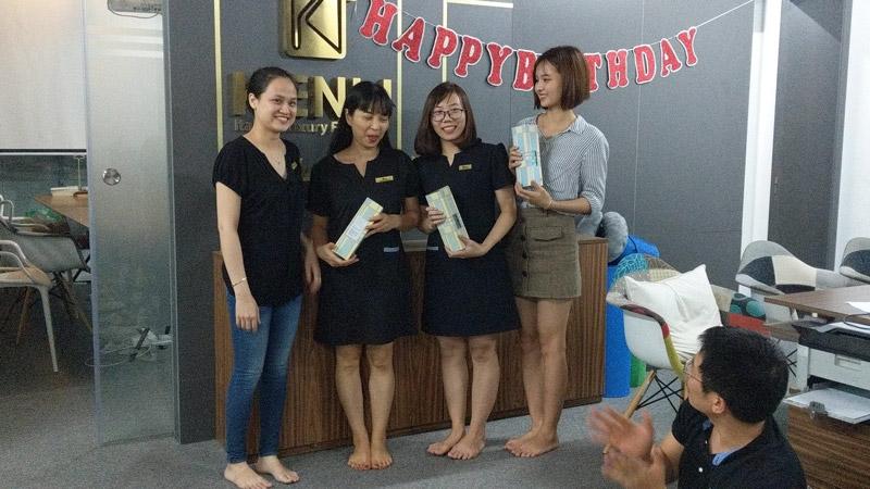 mừng sinh nhật nhân viên kenli tháng 11