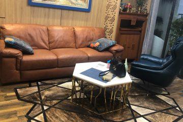 Khách hàng phàn nàn rằng da sofa Kenli bị mốc