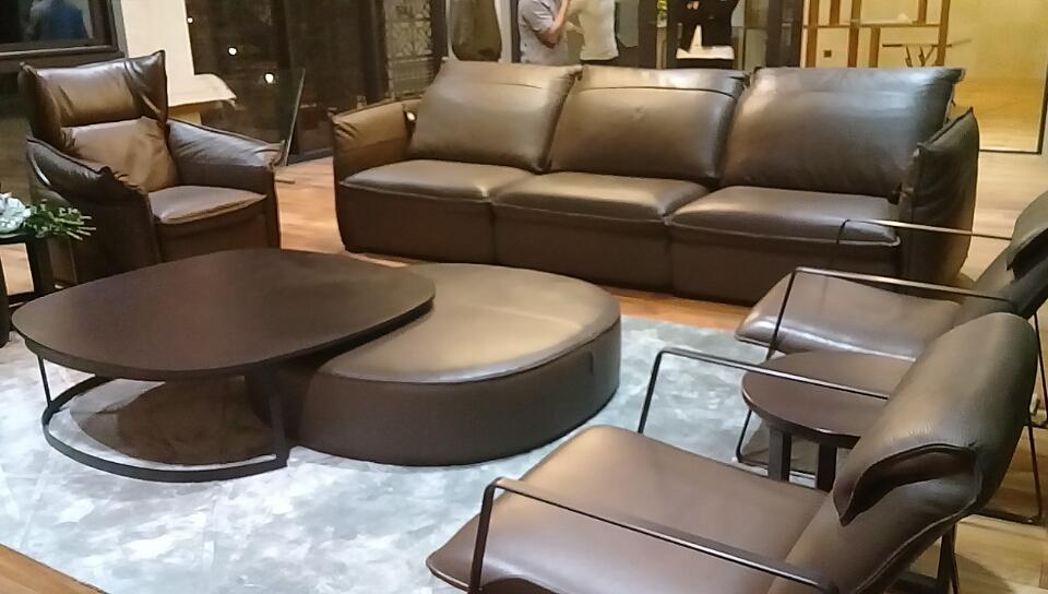 giao hàng sofa da softy nhà khách