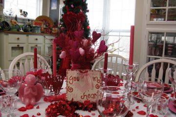 Ý tưởng trang trí bàn ghế ăn đẹp cho ngày Valentines