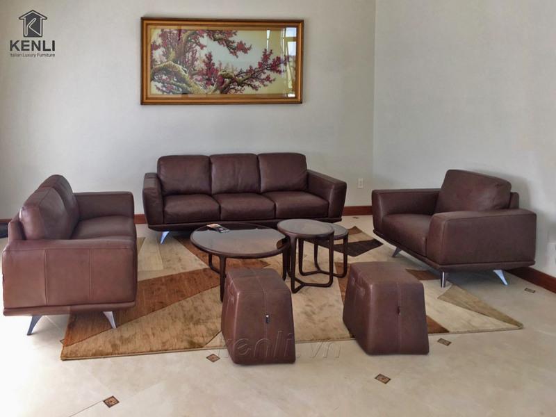 Ghế sofa da F019 tại nhà khách hàng