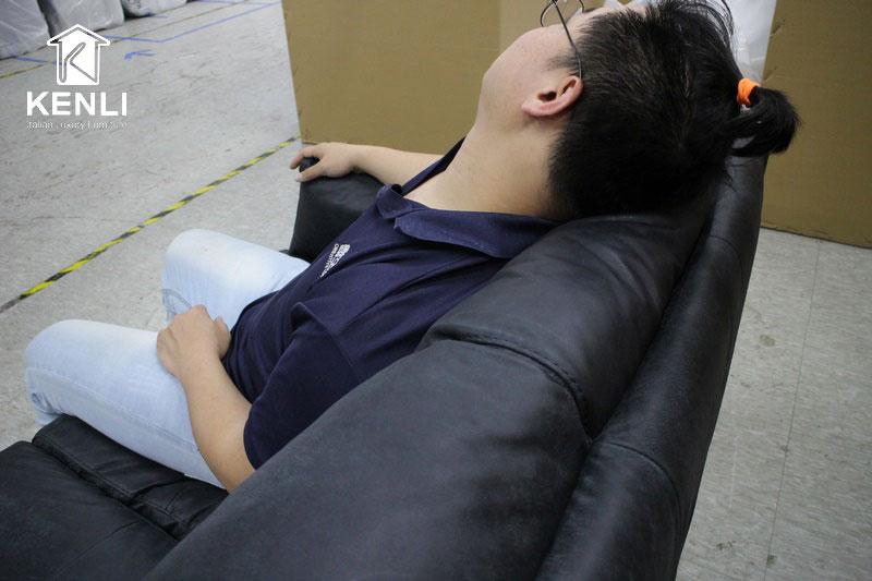 Trải nghiệm sofa da thật của Mr. B