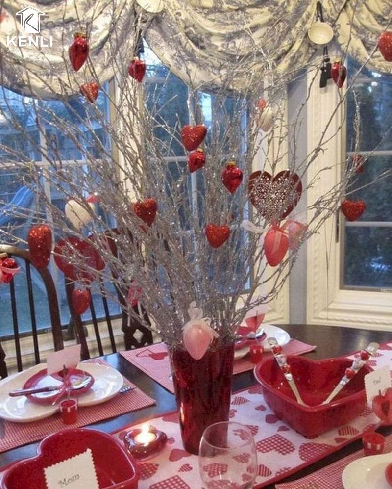 Bàn ghế ăn đẹp ngày Valentine 4