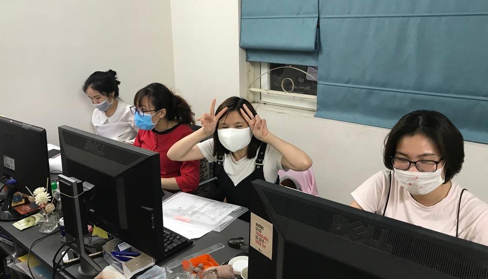 Nhân viên Kenli làm việc tại nhà chống dịch COVID-19