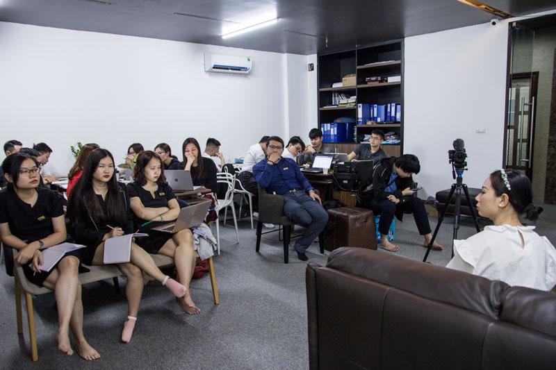 Đào tạo nội bộ về group facebook
