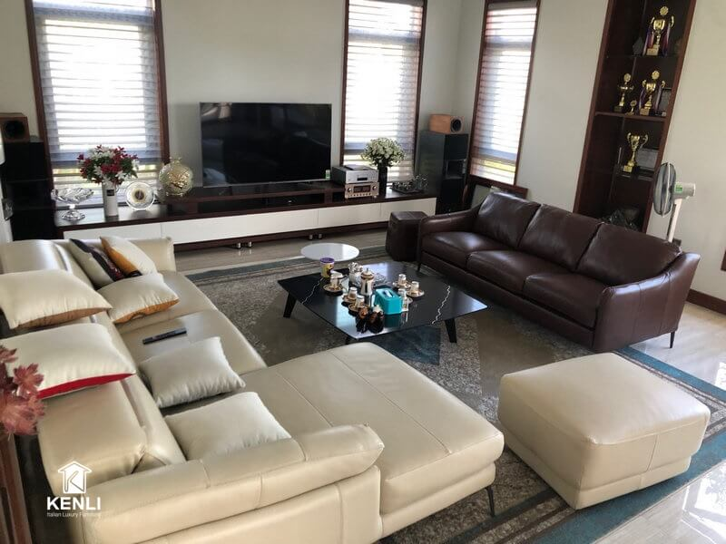 Hình ảnh sofa Florence và sofa E130 tại nhà khách