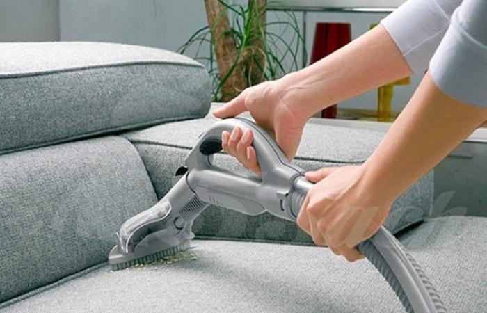 Ghế sofa cần được giặt định kỳ để đảm bảo vệ sinh