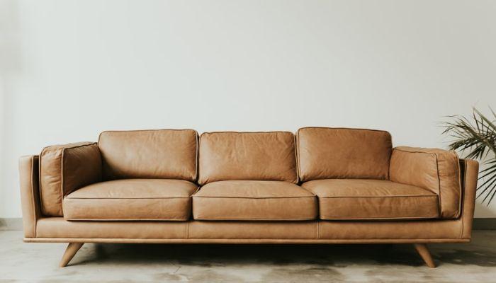 Sofa da có vẽ đẹp sang trọng và hiện đại