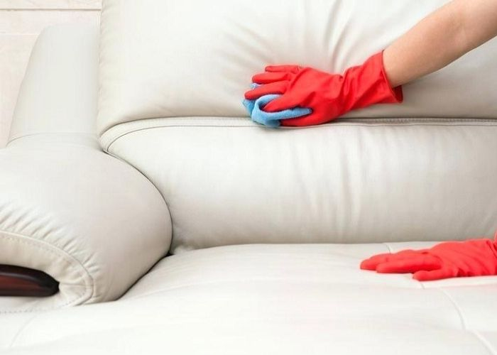 Sofa da bị dính mực phải làm sao để nhanh hết?
