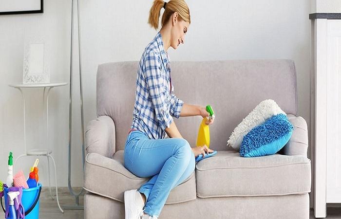 Thường xuyên vệ sinh ghế Sofa