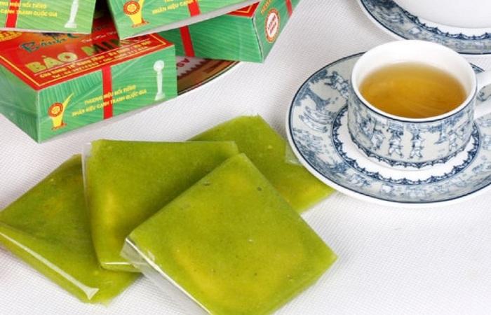 Bánh cốm là đặc sản nổi tiếng của Việt Nam