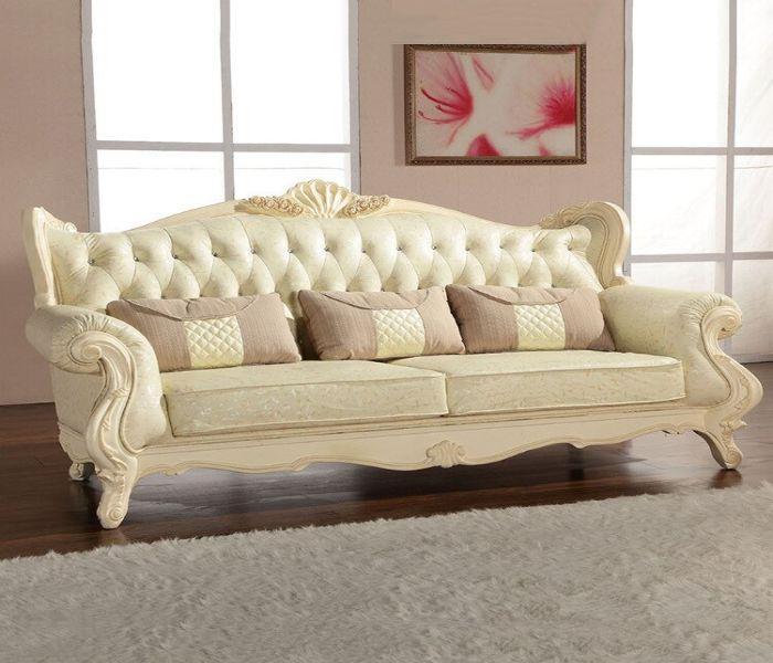 Mẫu Sofa phong cách cổ điển màu kem