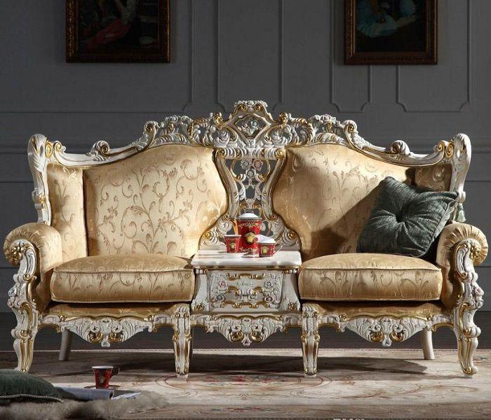 Mẫu Sofa phong cách cổ điển màu vàng