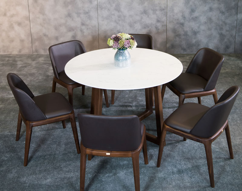 8 mẫu bàn ăn gia đình