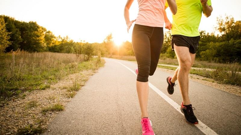 Chạy bộ thật nhanh cũng là cách nên làm để giảm căng thẳng