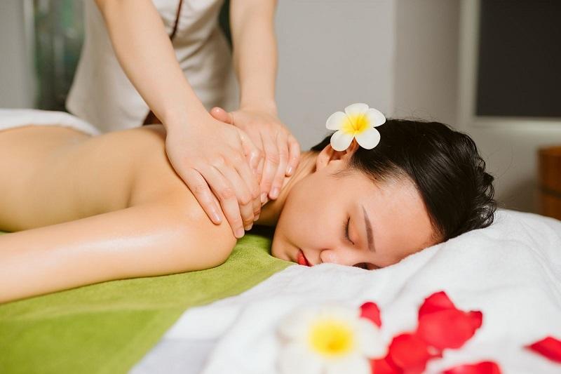 Hãy massage cho cơ thể để thư giãn tinh thần