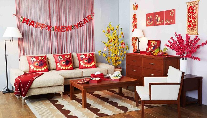Trang trí nhà cửa đón Tết rực rỡ sắc đỏ