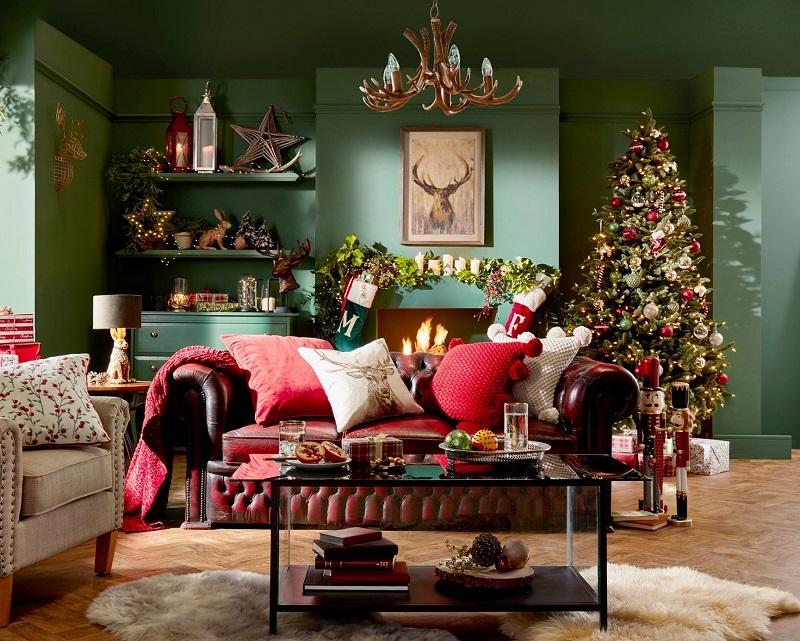 Căn phòng ngập tràn màu sắc Giáng Sinh