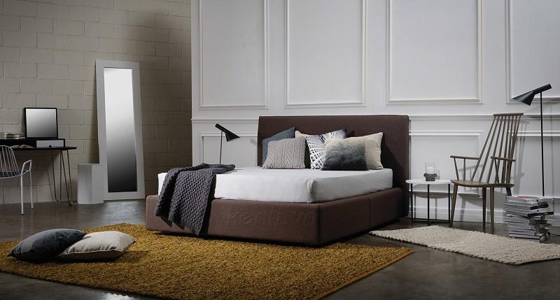 Giường ngủ gỗ bị nứt