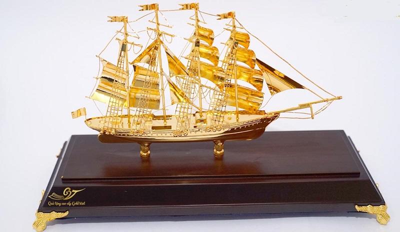 Thuyền buồm mang ý nghĩa của sự suôn sẻ