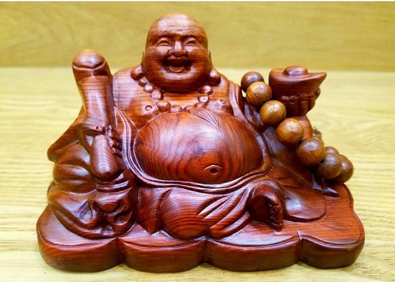 Tượng Phật Di Lặc tượng trưng cho sự bình an